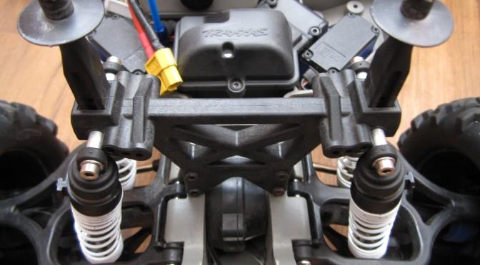 Traxxas E-Max 1,10 brushless RTR (67)